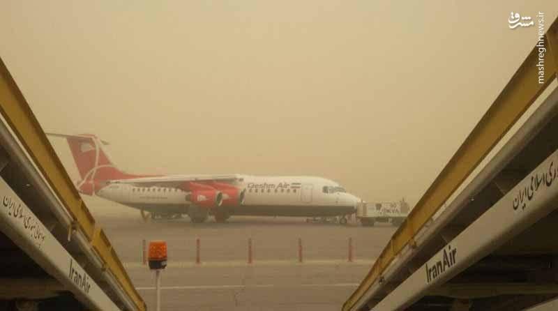 گرد و غبار اهواز. فرودگاه
