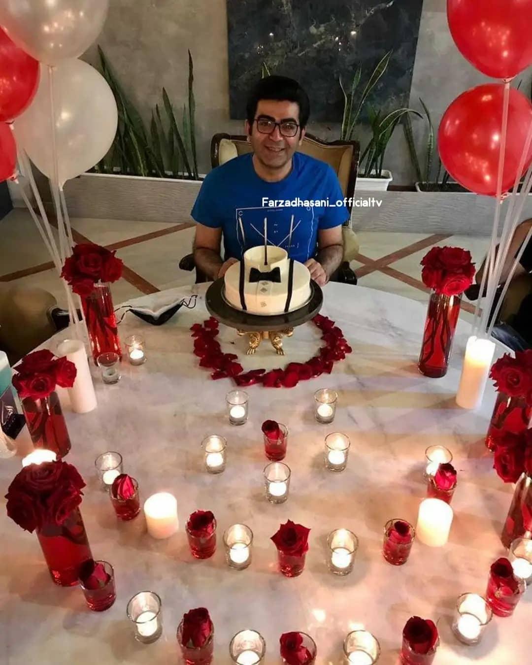عکس عاشقانه فرزاد حسنی در جشن تولد 44 سالگی!