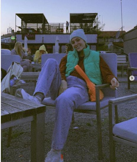 تصویری باورنکردنی از فرشته حسینی سیگار به دست /عکس