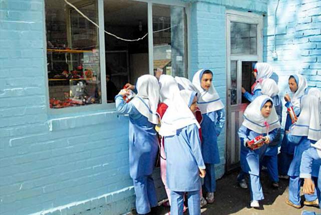 بازشدن مدارس از 27 اردیبهشت