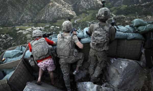 گاردین واقعیت های جنگ افغانستان را افشا کرد