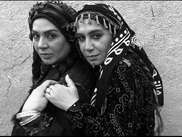 نسرین مقانلو و نسیم ادبی در لباس محلی /عکس