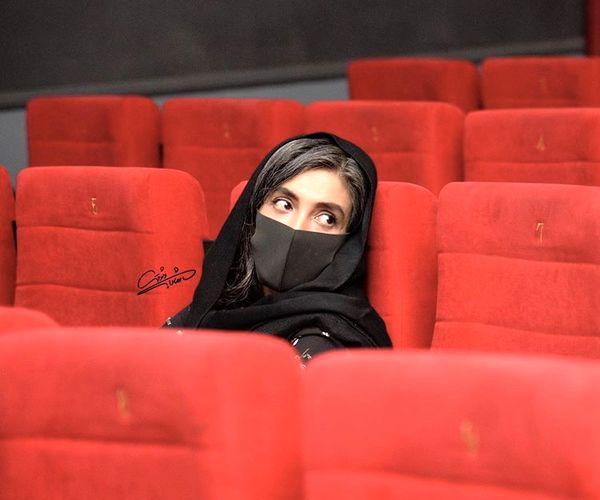 لیلا زارع در سالن خالی از تماشاگر /عکس