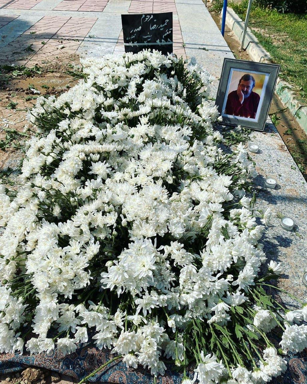 خاکسپاری پیکر حمیدرضا صدر در بهشت زهرا+ عکس
