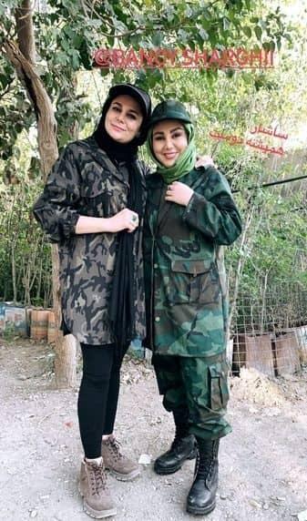 بهنوش بختیاری و دوستش در لباس جنگی /عکس
