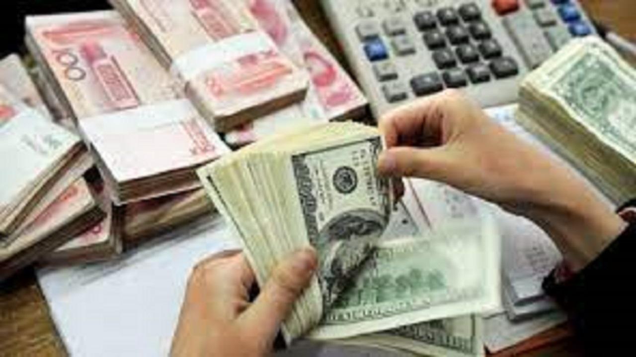 نرخ ارز در بازار آزاد ۹ مهر ۱۴۰۰/ دلار ۲۷ هزار و ۷۹۴ تومان است