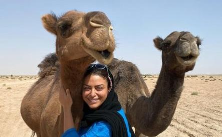 سلفی شبنم فرشادجو با شتر +عکس