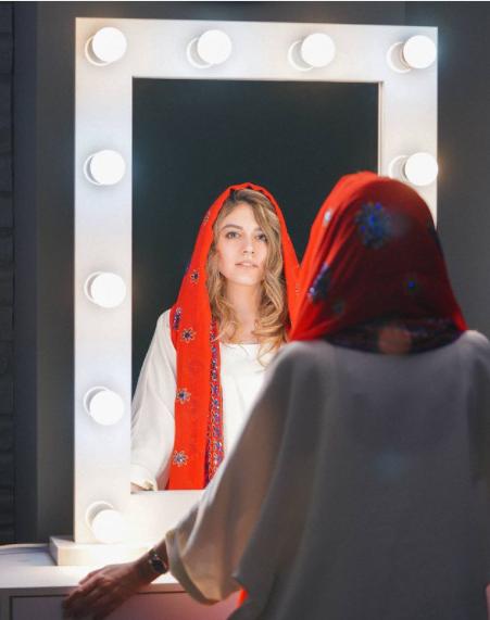 ماهور الوند در آینه گریم /عکس