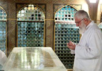 غبارروبی مضجع مطهر حضرت امام رضا(ع) با حضور امام خامنهای
