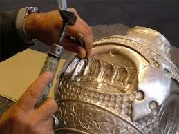 قلمزن مشهدی؛ هنرمند برتر نمایشگاه صنایع دستی ایتالیا