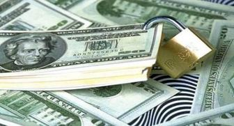 لغو نشدن تحریمهای ارزی انکار از دولت، اصرار از کارشناسان