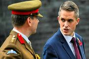 متهم شدن وزیر دفاع انگلیس به فاش کردن اسرار نظامی