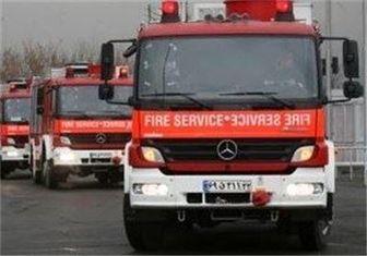 آتشنشانها جان ۳۰ نفر را نجات دادند