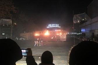 اتوبوس لهستانی در «تئاتر فجر» آتش گرفت!