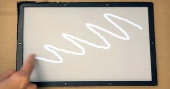 نمایشگر لمسی باتاخیر۱میلی ثانیه ای + عکس