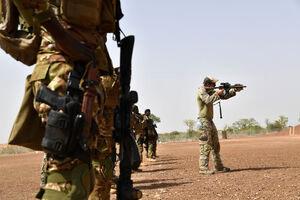 تلاش آمریکا برای کاهش حضور نظامی خود در آفریقا