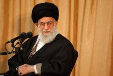 کوچکتر از آن هستید که ملت ایران را به زانو درآورید