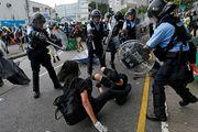 آمریکا: استفاده غیرموجه از زور در هنگکنگ را محکوم میکنیم