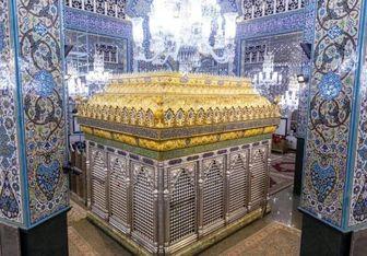 نصب تاج جدید ضریح مطهر حضرت زینب (س) + عکس