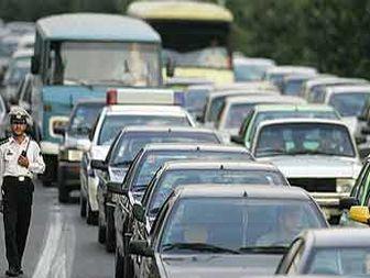 ۹۱۳ سال ترافیک روزانه!