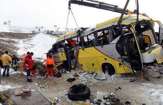 خواب آلودگی راننده علت حادثه سقوط اتوبوس