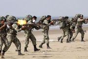 تجمیع نیروهای زمینی ارتش در نقطه صفر مرزی ایران و آذربایجان +فیلم