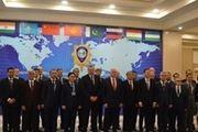 عکس یادگاری روحانی با سران ۱۱ کشور حاضر در اجلاس شانگهای
