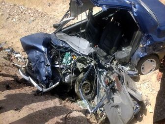تصادف سهمگین دو خودرو در ورودی شهر نورآباد+ تصاویر