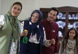 خانم بازیگر: مهران مدیری برای بازی در سریالش قانعم کرد