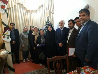 حضور عارف و اولاد قباد در منزل شهید آقاخانیان
