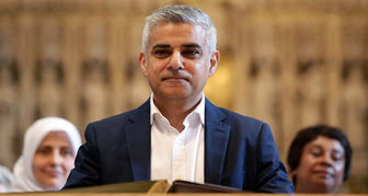 انتقاد شهردار لندن از گلف بازی ترامپ