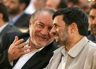 احمدی نژاد پشت استادش را خالی کرد؟