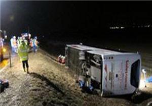 واژگونی اتوبوس در محور اقلید ۴۰ کشته مجروح برجا گذاشت