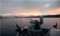 زیردریایی انگلیس برای حمله به سوریه وارد مدیترانه شد