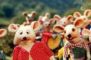 ازدحام مردم برای خرید بلیت فیلم «شهر موشها» / عکس