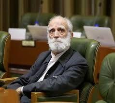 شهردار تهران خود را زیر سوال برده است