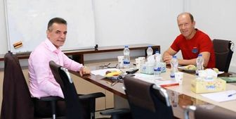 برگزاری جلسه مدیر عامل باشگاه پرسپولیس با سرمربی و مدیر تیم