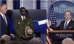 «ترامپ» یک چهارم حقوق سالانه خود را بخشید