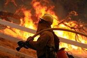 آتش سوزی مهیب در جنگلهای کالیفرنیا ادامه دارد