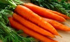 ۱۰ خاصیت شگفتانگیز آب هویج تازه
