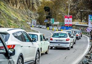ترافیک در جاده کرج - چالوس نیمه سنگین است