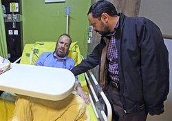 عیادت نماینده رئیس رسانه ملی از سیدابوالقاسم موسوی قهار