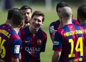 مسی: توپ طلا را از رونالدو پس می گیرم