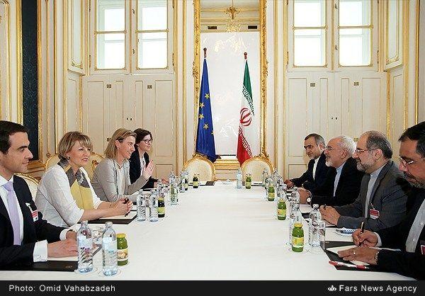 http://media.farsnews.com/media/Uploaded/Files/Images/1394/04/11/13940411192251634_PhotoL.jpg
