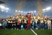 جام قهرمانی به یاران آزمون اهدا شد+ تصاویر