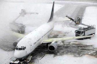 برف فرودگاه مهرآباد و امام را تعطیل کرد