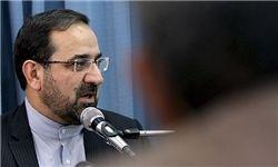 اعطای نشان خدمت به عباسی از سوی احمدی نژاد