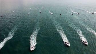 رژه یگانهای دریایی سپاه در خلیج فارس