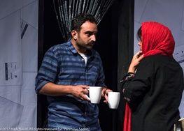 کارگردان «لانتوری» پشت صحنه «پارههای ساده»/ عکس