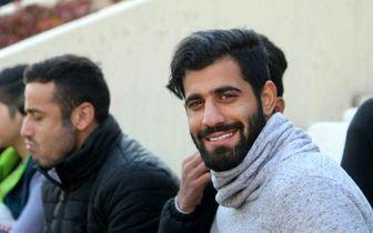 خیلی به محمد اصرار کردم که به استقلال نرو!